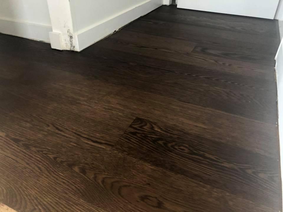 Sanding hardwood floor in chicago tom peter flooring for Flooring chicago